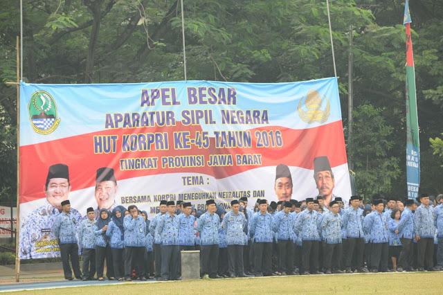 Peringatan Hari Ulang Tahun KORPRI Ke- 45 Jawa Barat,