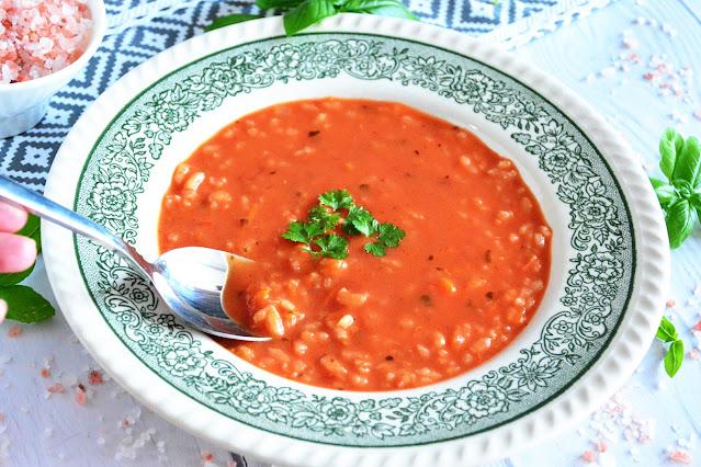 przepis na zupę pomidorową z ryżem