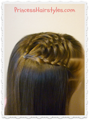 Cute half up hairstyle tutorial. Woven Pyramid.