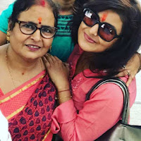 Aakanksha Awasthi with her mother, Family Photo, Image