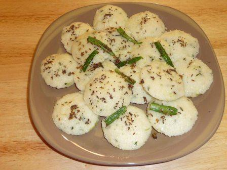 Sooji Idli Hindi Recipe