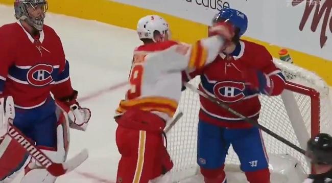 NHL Hockey Fight Chiarot Tkachuk