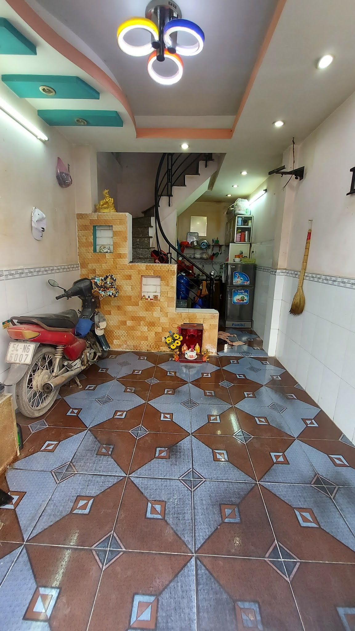 Bán nhà 2 lầu đường số 20 Bình Hưng Hòa A quận Bình Tân 2 tỷ 100 triệu
