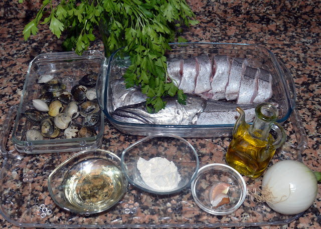 lista-de-ingredientes-de-la-merluza-en-salsa-verde