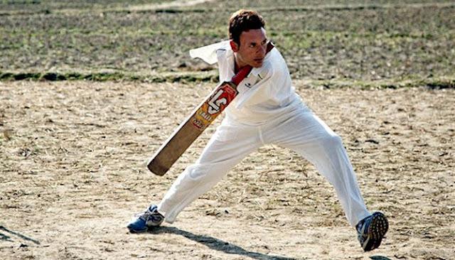 Kisah Inspiratif Amir Hussain, Seorang Pemain Profesional Kriket Tanpa Lengan