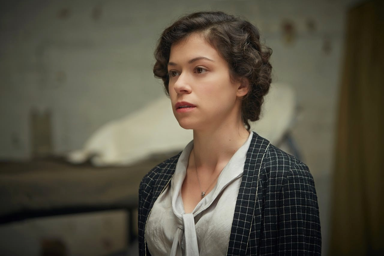 woman in gold tatiana maslany