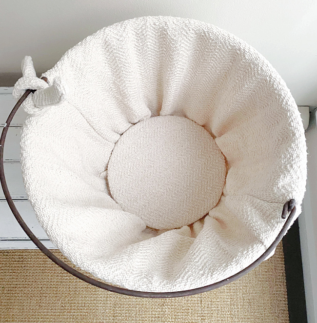 inside view of lined basket