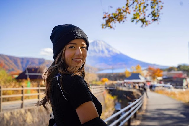 Pokimane Wiki & Bio, Age, Height, Weight, Net Worth, and Body Measurement