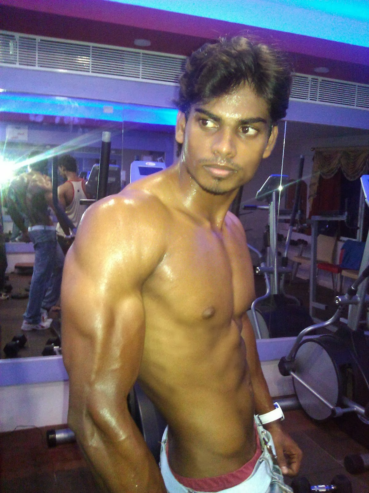 Hot And Sexy Indian Men