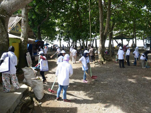 Gerakan Sadar Wisata di Pantai Sindangkerta Tasikmalaya