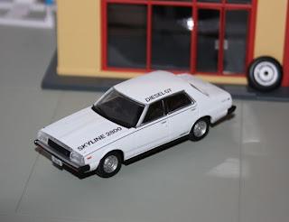 Tomica Limited Vintage NEO LV-N111b Nissan Skyline 2800 Diesel GT-L