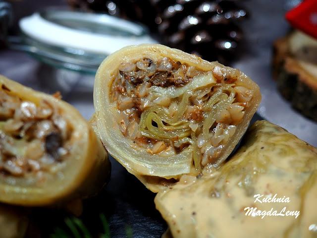 Gołąbki z kaszą gryczaną i surowych ziemniaków