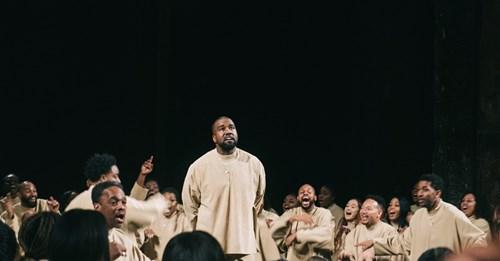 """""""Jesus is King"""" de Kanye West é consagrado o melhor álbum cristão no Grammy 2021"""