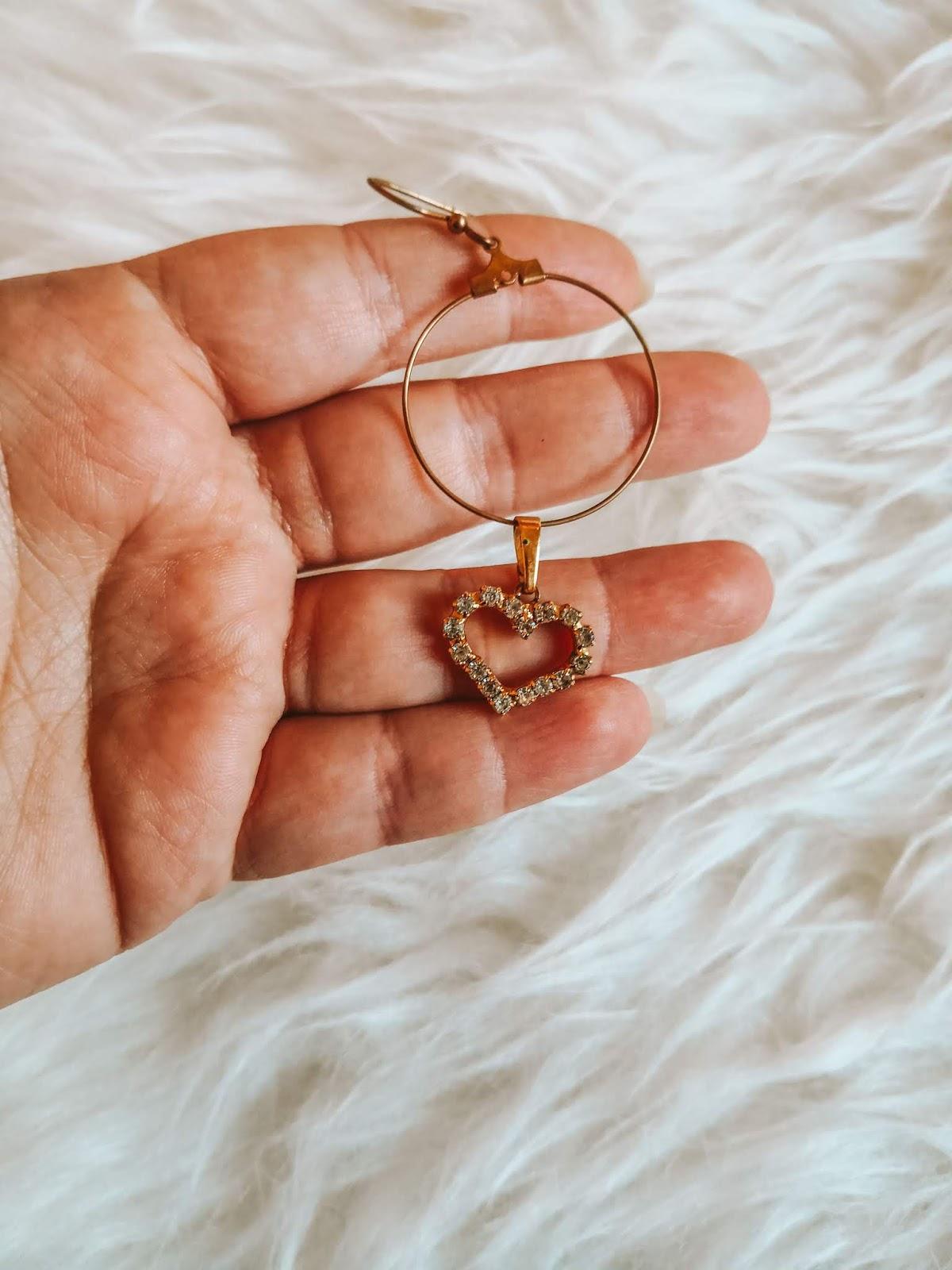 Jewelry & Bijoux - cover