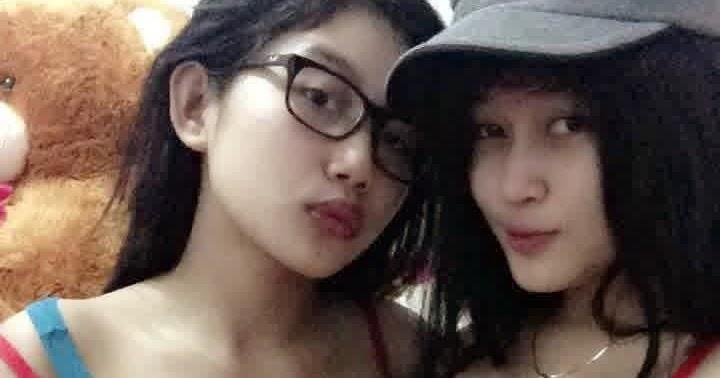 """Duo Semangka Bugil Ngangkang: Foto Duo Maut """"Goyang Drible"""" Duo Srigala Lagi Hot"""