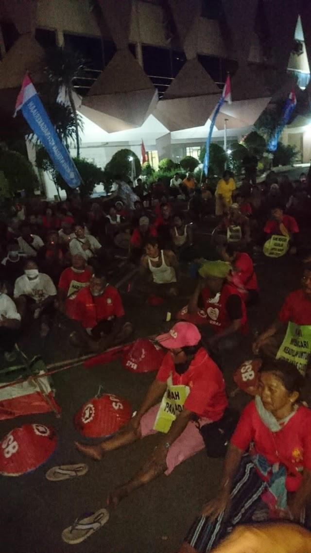Serikat Tani Mancirim Bersatu Tiba di Jakarta Dengan Menempuh Jalan Kaki Selama 40 Hari