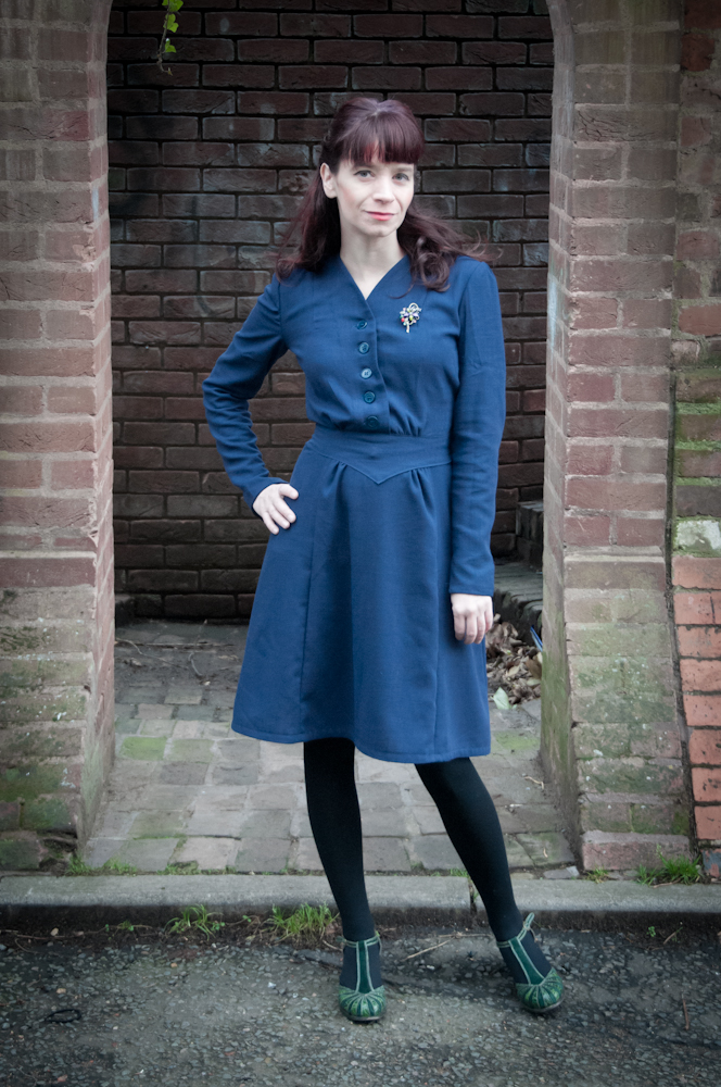 1940s Day Wear: SuzySewing: 1940s New Years Day Dress