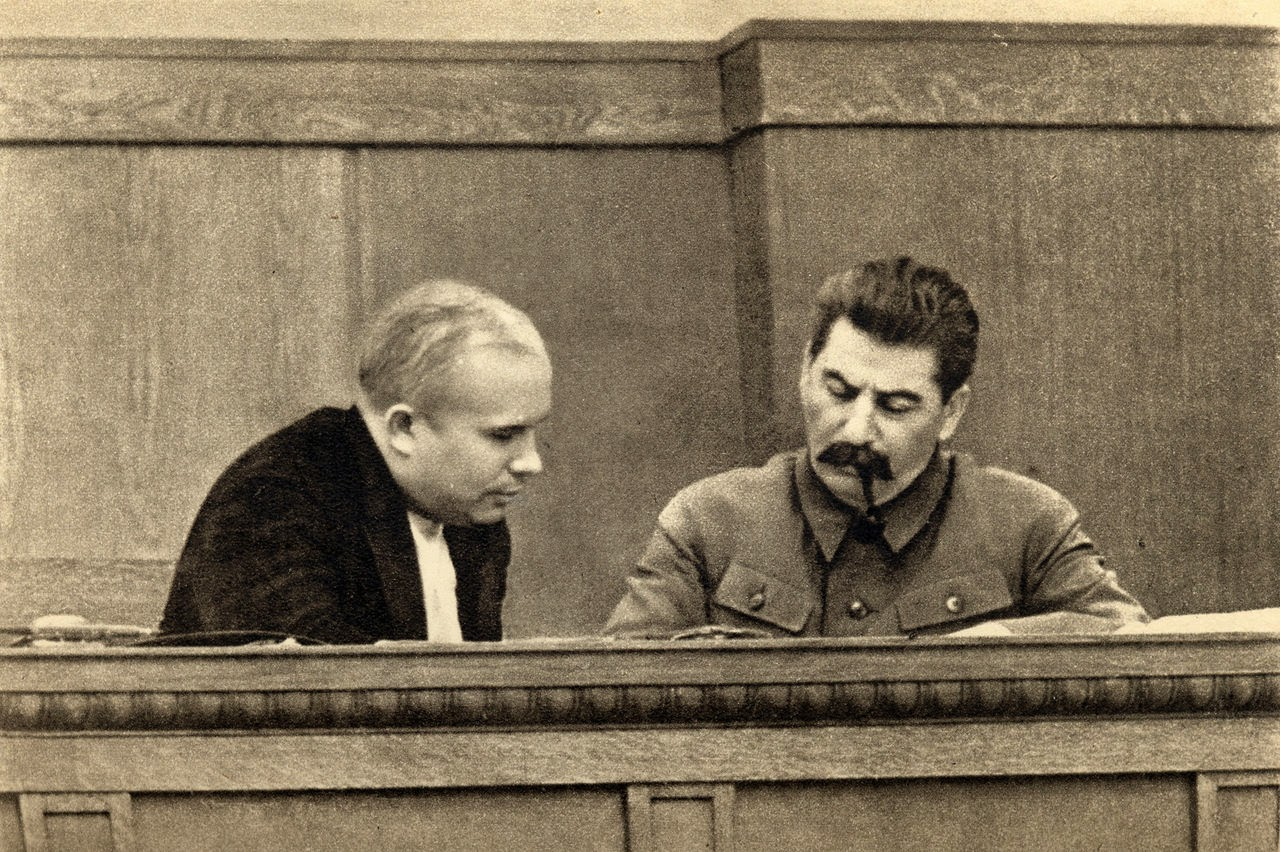 1280px-Joseph_Stalin_and_Nikita_Khrushch