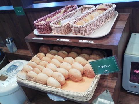 ビュッフェコーナー:パン1 ステーキガスト一宮尾西店6回目