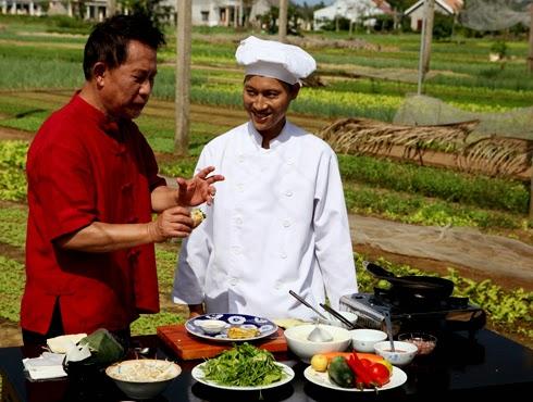 nấu ăn cùng nhà bếp chuyên nghiệp