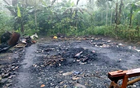 Anggota Komisi D DPRD Pemalang dan BazNas Kunjungi Korban Kebakaran di Pulosari