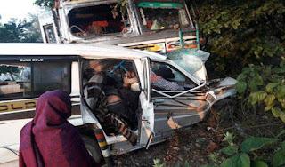 sumo-truck-collision-9-dead-in-dumka