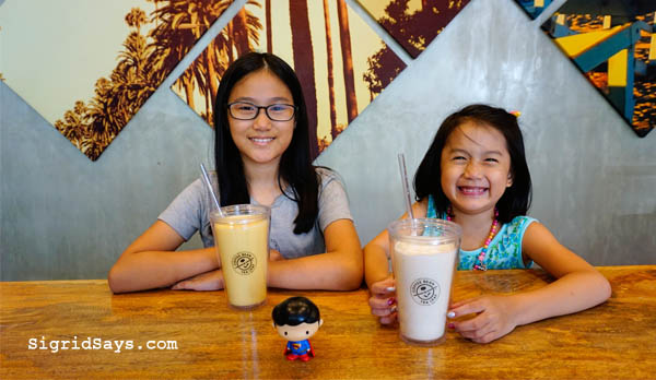 reusable tumbers, CBTL for the planet, CBTL PH, Mondays Made Better, The Coffee Bean and Tea Leaf, ice blended drinks, CBTL ice blended, Ayala Malls Capitol Central, The Coffee Bean and Tea Leaf Bacolod, Bacolod City, Bacolod restaurants, capitol lagoon, Bacolod cafe, Bacolod desserts, CBTL Bacolod - Bacolod blogger