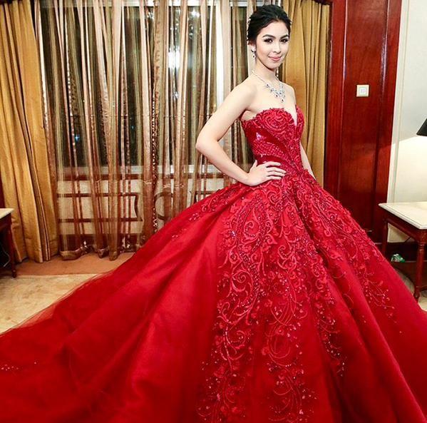 Top 10 Young Pinay Celebrities Grandest Debut Gown. - BOY TRENDING ...