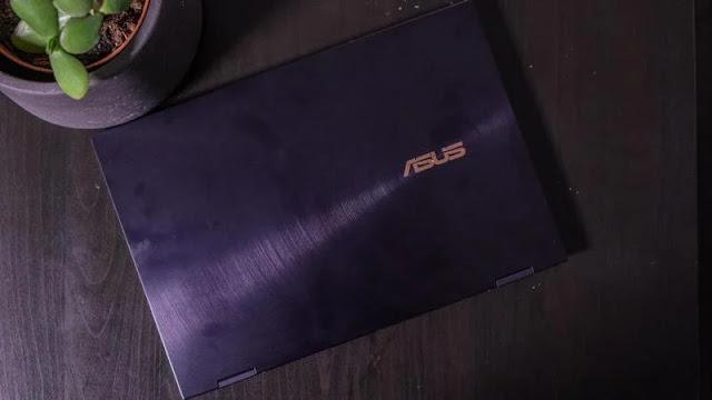 15. Asus ZenBook Flip S UX371