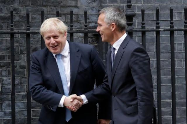 Τζόνσον και Στόλτενμπεργκ συμφώνησαν για τον τερματισμό της τουρκικής εισβολής στη Συρία