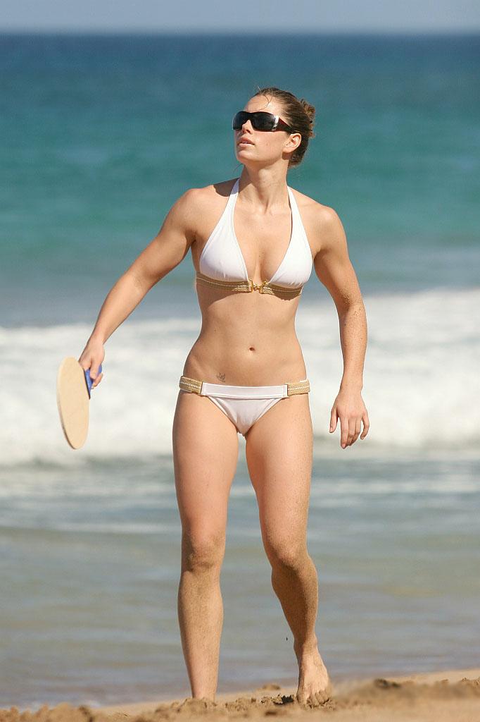 Sexiest Women In Bikinis: Jessica Biel