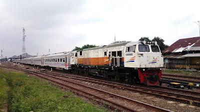 Perjalanan Lebih Cepat, Berikut 3 Daftar Kereta Api Ekonomi Jakarta Surabaya