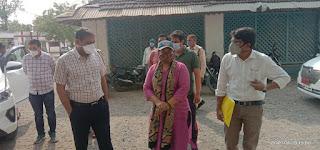 कलेक्टर ने तराना के सिविल हॉस्पिटल का निरीक्षण कर स्वास्थ्य सुविधाओं का जायजा लिया