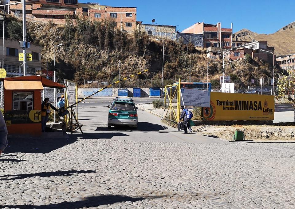 Reportan primeras restricciones vehiculares desde la terminal Minasa / RADIO LÍDER FM / RODRIGO FERNÁNDEZ