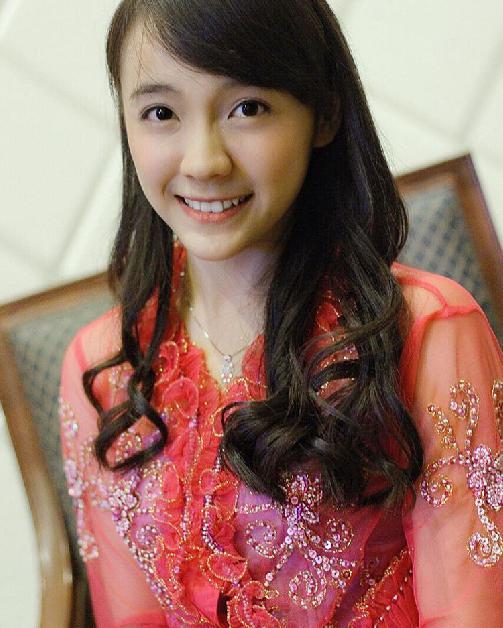Fakta Sofia Meifaliani Mantan Member JKT48 Harus Anda Ketahui [Artis Indonesia Hot]