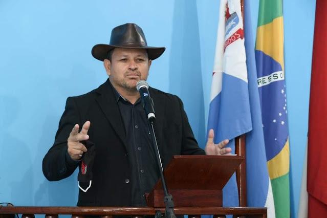 """""""Eu desafio me chamarem de corrupto."""" - diz Vereador Nael Vasconcelos perseguido pelo Prefeito e 1° Dama de Óbidos."""