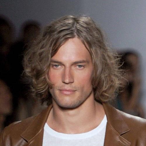 quizs tambin le interese peinados de moda con el pelo largo cortes de pelo largo para hombres with cortes de pelo hombre pelo largo