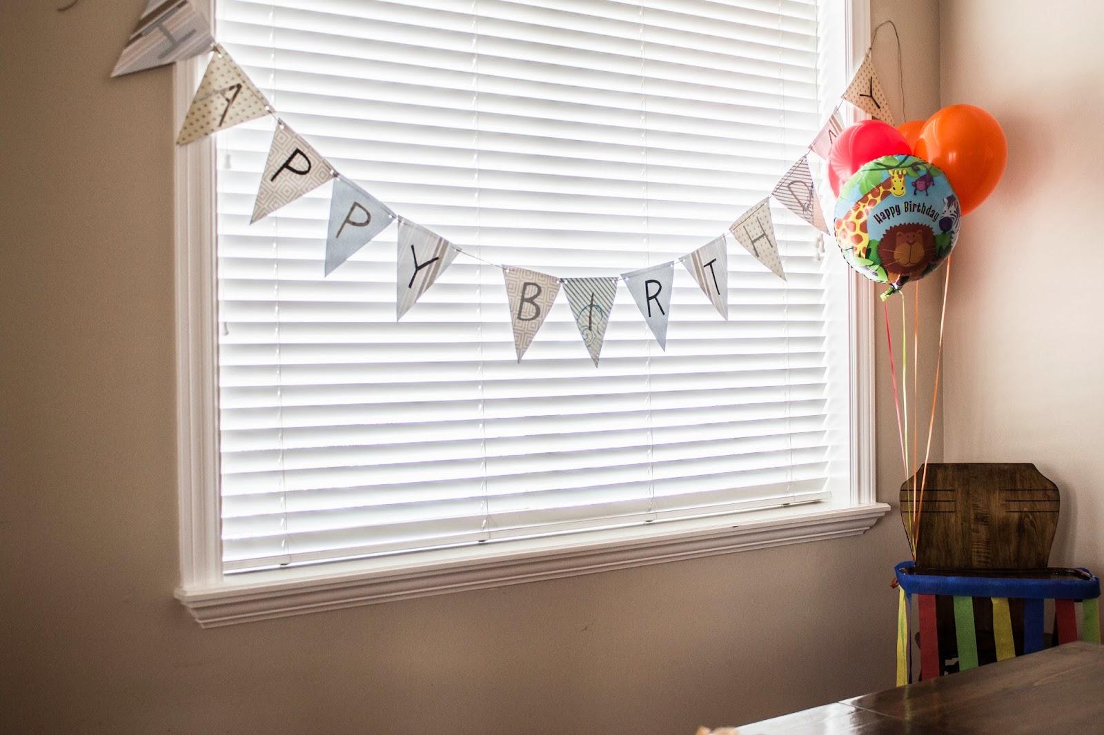 do it yourself divas: DIY: Birthday Banner