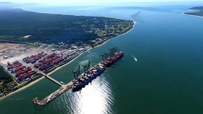 Porto Itapoá pode antecipar etapa de expansão e superar a marca de 2 milhões de TEUs/ano