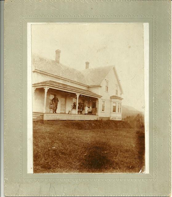 Annie S Farmhouse Kitchen