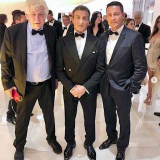 Ator reaparece em Cannes ao lado de Stallone