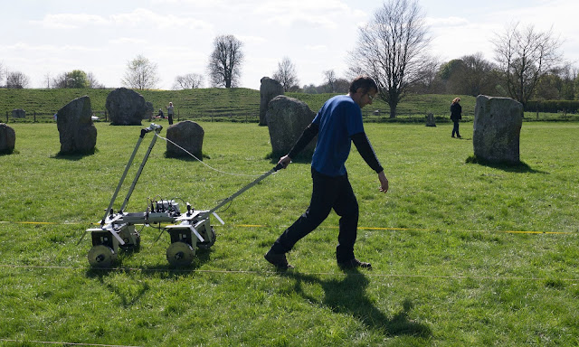 'Secret square' discovered beneath Avebury stone circle