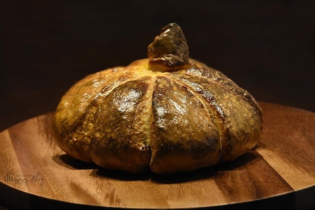 Chleb dyniowy na zakwasie pszennym.