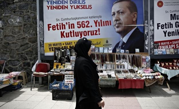 Ερντογάν: Η Γερμανία παρέχει καταφύγιο σε τρομοκράτες