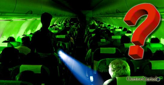 Por que as luzes dos aviões são desligadas durante o pouso e decolagem