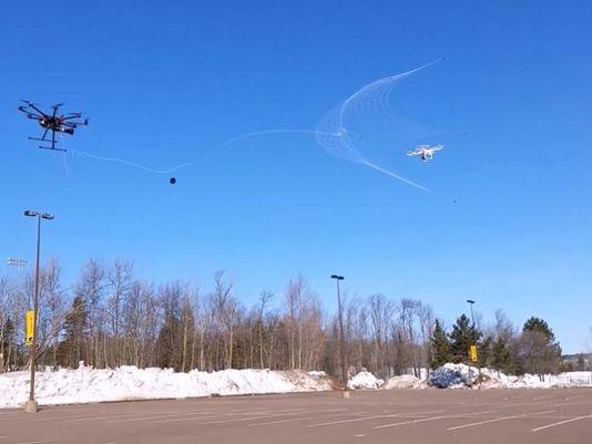 工程师开发无人机来捕猎无人机