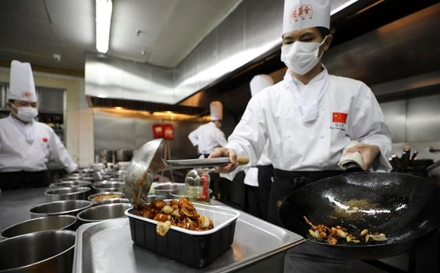 tips increase restaurant food safety restaurateur coronavirus compliance