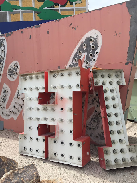 Budget-Friendly Las Vegas Attractions: The Neon Sign Boneyard Museum | Will Bake for Shoes