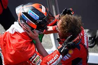 https://1.bp.blogspot.com/-Qw5qvCsJGj8/XRXh24cn5gI/AAAAAAAAFMc/66EP_lnlzkUn1OnEM_KOOaOZ4zL_u-wgwCLcBGAs/s320/Pic_MotoGP-_069.jpg