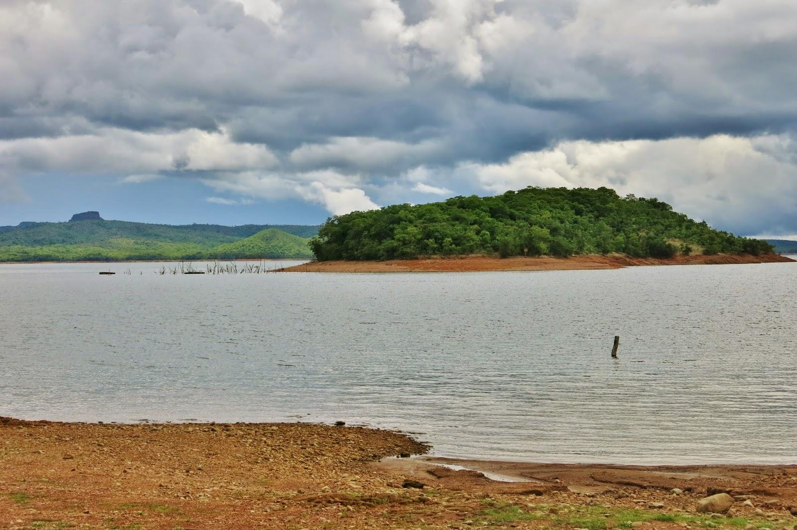 Lago do Mando, próximo à Bom Jardim